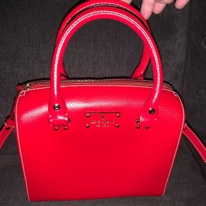 BEAUTIFUL RED CLASSIC KATE SPADE PURSE